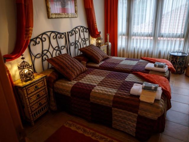 01 - Room